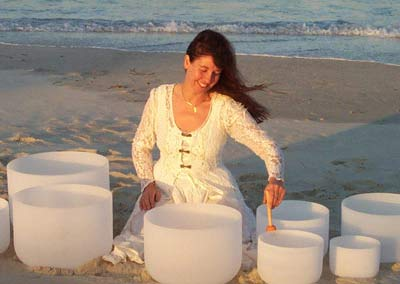 Crystal Singing Bowls – Chicchan (Read More)
